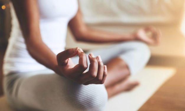 Yoga avec Jani – En septembre à l'Adra mercredi et vendredi matin, salle 6